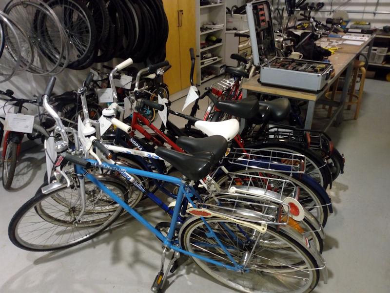 Myytäviä polkupyöriä